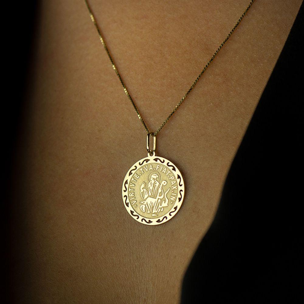 e214c013476ae Pingente de Ouro 18k Medalha de São Bento - joiasgold