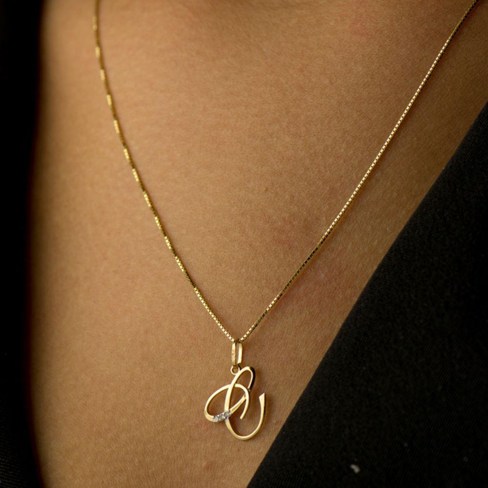 c0de5a09682bc Pingente em Ouro 18k Letra C com diamantes - joiasgold