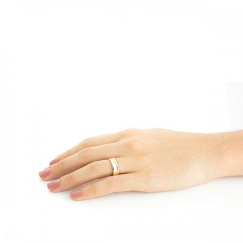 Alianca-de-Casamento-e-Noivado-em-Ouro-18K-Concava-Diamantes-6.0mm