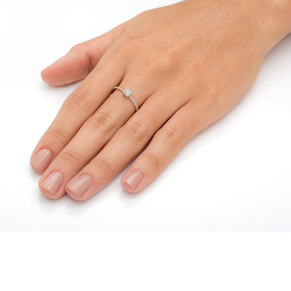 59a7d27b02132 Anel em Ouro Branco 18k com Diamantes e Aro com Bolinhas an32708 ...