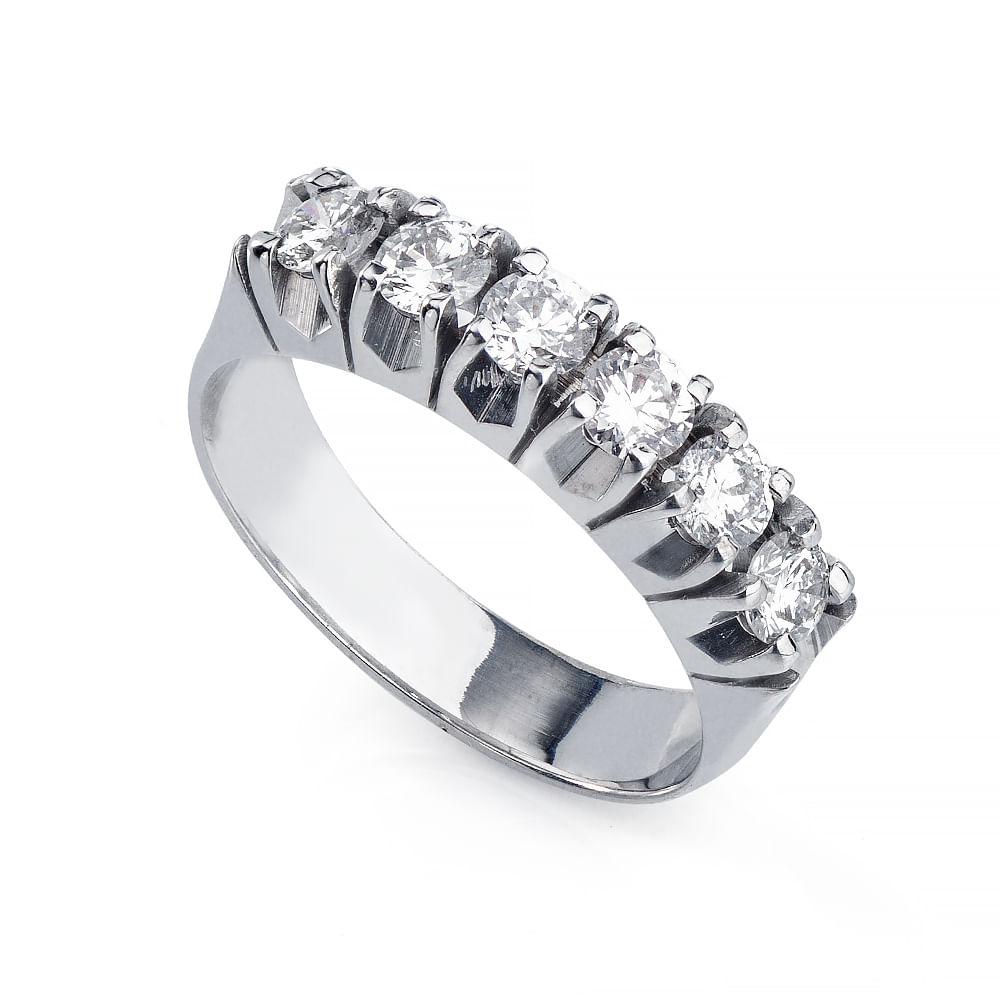 0fba835a6e063 Anel em Ouro Branco 18k Meia Aliança Seis Diamantes an35972 - joiasgold