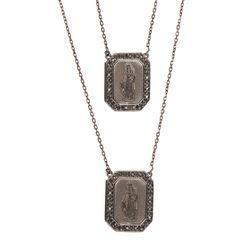 Escapulario-de-Ouro-Negro-18k-S.-Coracao-e-N.S-Carmo-com-Diamantes-ga04995-JOIASGOLD