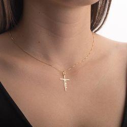 Pingente-de-Ouro-18k-Cruz-Manuscrito-Jesus-pi20373-joiasgold