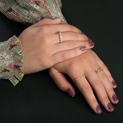 Anel-de-Ouro-18k-Meia-Alianca-Flores-com-Diamantes-an36570-joiasgold