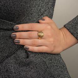 Anel-de-Ouro-18k-Gomos-Finos-em-Onda-com-Diamantes-an25908-joiasgold